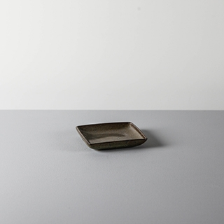 SQUARE DISH _ 01 _ OAK